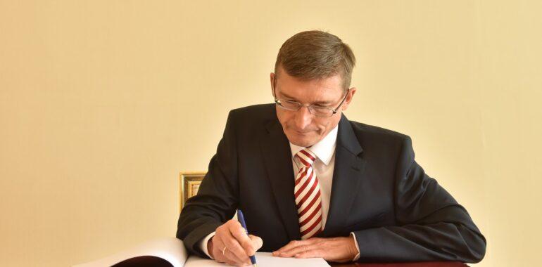Donacija Austrijskog veleposlanstva Hvatskom Caritasu