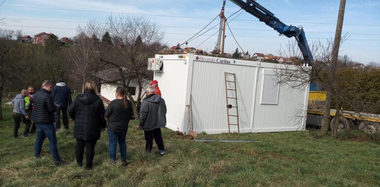 Video poruka korisnicima stambenih modula Hrvatskog Caritasa na Banovini