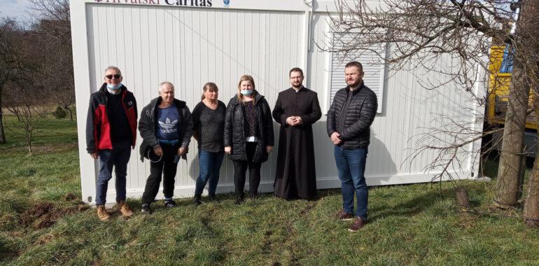 Stambeni modul Hrvatskog Caritasa dobila obitelj iz Popovače