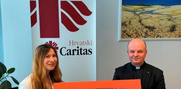 Hrvatskom Caritasu uručen dar Jusufa Nurkića i Pomozi.ba od 20.000 eura namijenjen korisnicima 10 Caritasovih pučkih kuhinja u Republici Hrvatskoj