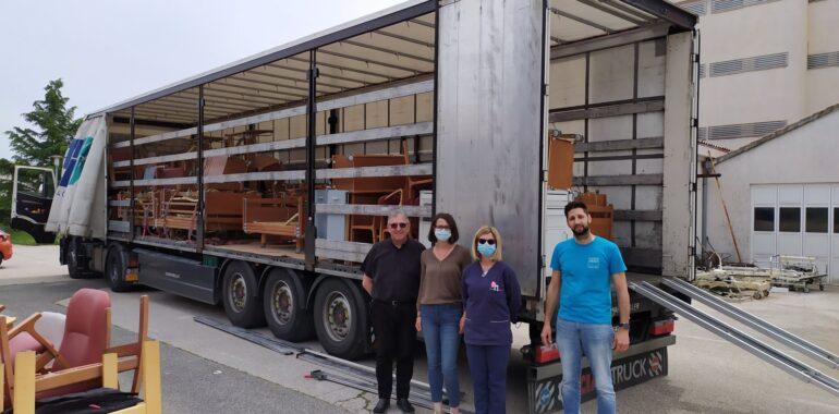 Korisnicima Caritasove pomoći u Hrvatskoj vrijedna donacija električnih bolesničkih kreveta i namještaja iz Belgije
