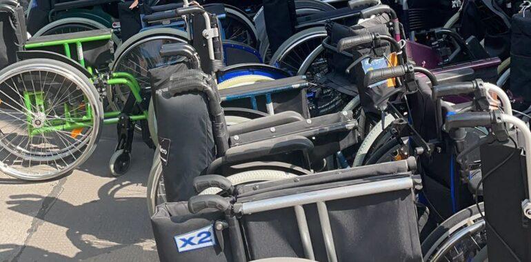 Donacija 270 invalidskih kolica Veleposlanstva Suverenoga malteškog reda Hrvatskom Caritasu stigla iz Beča u Hrvatsku