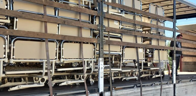 Donacija 55 bolničkih kreveta Veleposlanstva Suverenoga malteškog reda u Republici Hrvatskoj Hrvatskom Caritasu za pomoć korisnicima Caritasove mreže